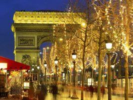 Нова година в Париж! Супер оферта от 1050 лв /с полет, такси+багаж, 5 нощувки+закуски, обиколен тур/!!!