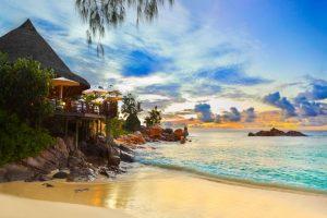 Нова година на Сейшелските острови! Пакетни цени от 2199 евро /с полети, такси+багаж, 7 нощувки+закуски и вечери/!!!