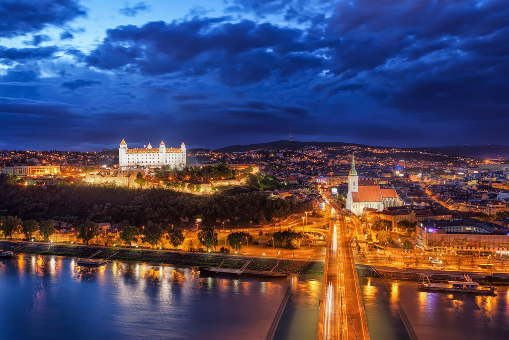 Самолет до братислава цени недвижимость в словакии 2015