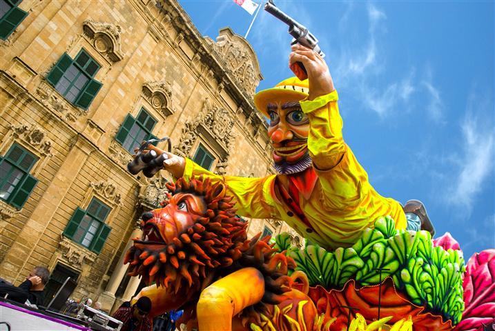 Карнавал в Малта! Промо цени от 199 евро /вкл. полети, такси и 3 нощувки в хотел 4*/!
