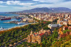 НОВА ГОДИНА в МАЛАГА: 1380 лв /с полети, такси+багаж, 7 нощувки+закуски и вечери в хотел 4*/!!!