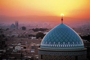 Иран – между Изтока и Запада!! Нощувка в кервансарай в Зейнодин – сърцето на пустинята!!