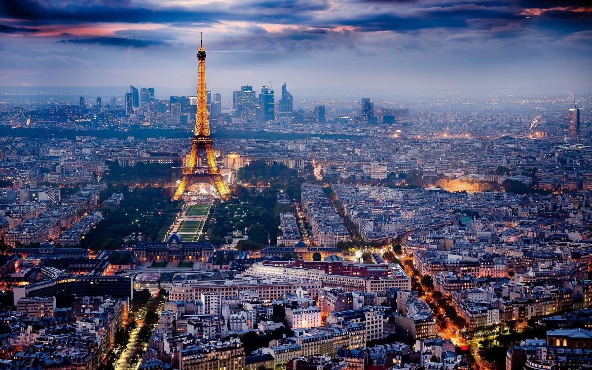 Париж 690 лева полет с вкл такси 3 нощ и