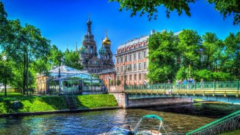 Екскурзия в Москва и Санкт Петербург през август! Самолетна програма с 8 нощувки!