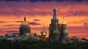 Белите нощи в Санкт Петербург и Москва, май-юни 2018! Пакетни цени от 2455 лв /с полет, такси+багаж, трансфери, 7 нощувки+закуски в хотел 4*/!!!