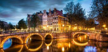 Предколедна Холандия и светлините на Амстердам!!